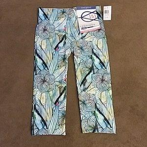 One 5 One Printed Capri Leggings Sz L/XL NWT